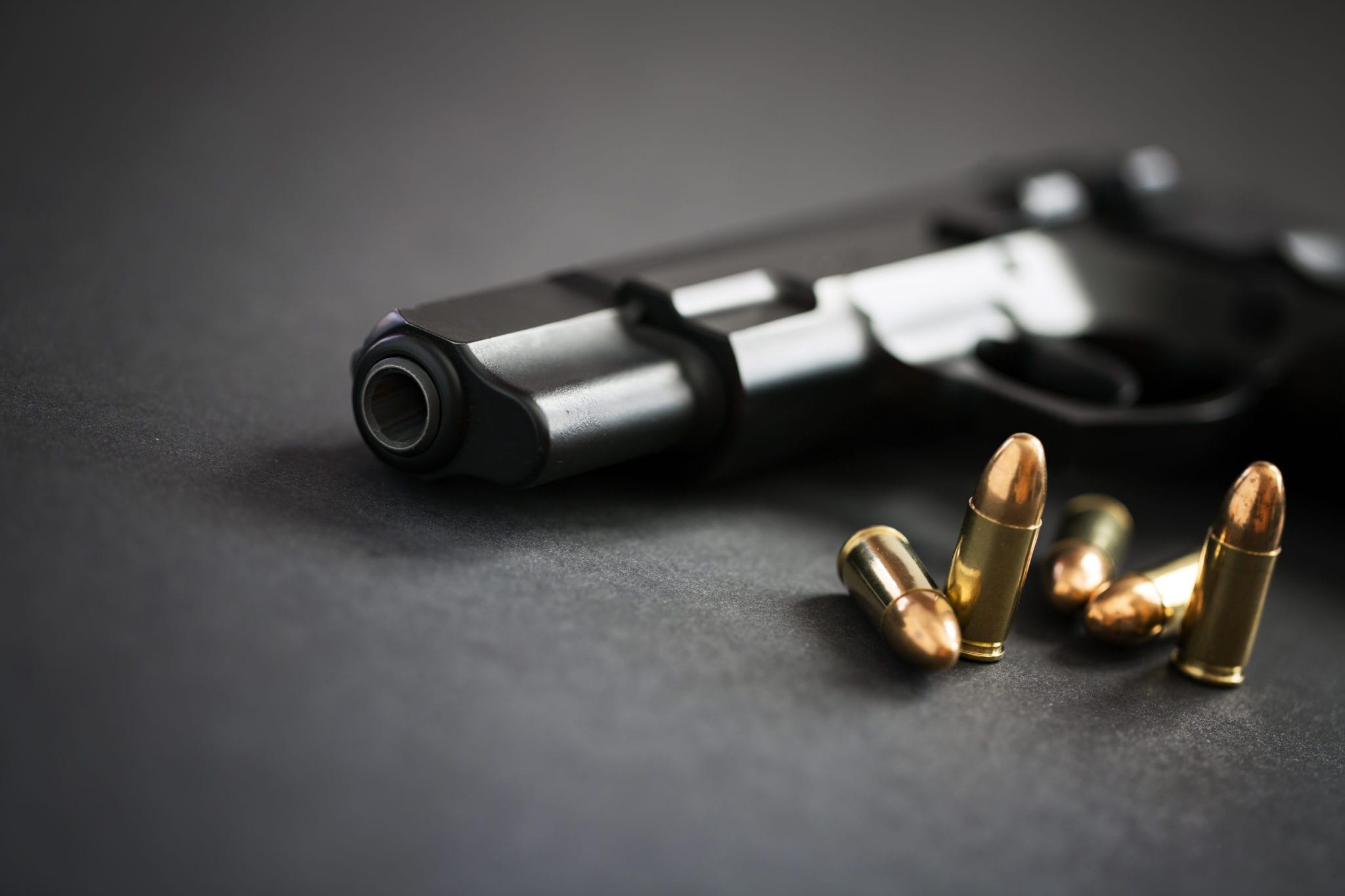 handgun-with-ammunition-PFNUX58